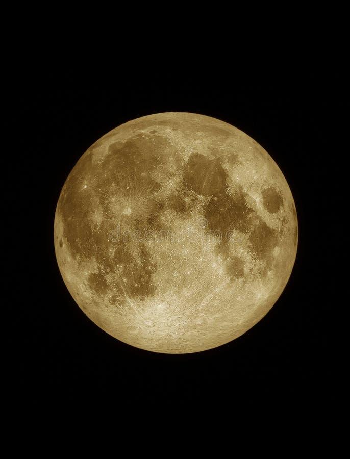 Fermez-vous vers le haut de la surface texturisée de la pleine lune jaune illustration libre de droits