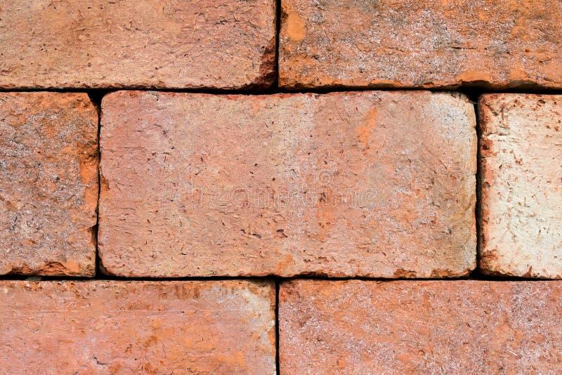 fermez-vous vers le haut de la texture de mur de briques et du fond de brique rouge avec la copie s photos stock