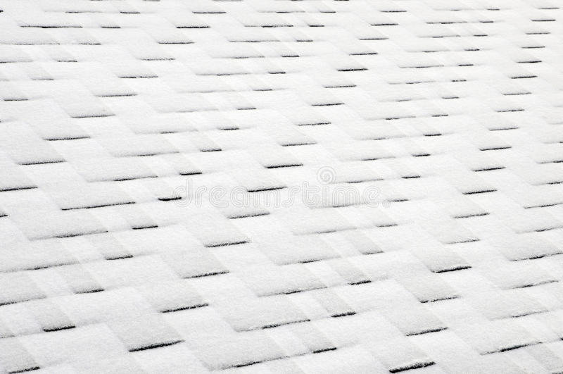 Fermez-vous vers le haut de la vue sur Asphalt Roofing Shingles Background Bardeaux de toit - toiture Bardeaux de toit couverts d photographie stock