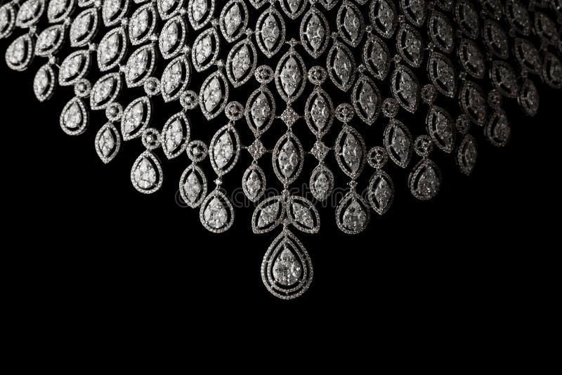 Fermez-vous vers le haut du collier de diamant photo stock