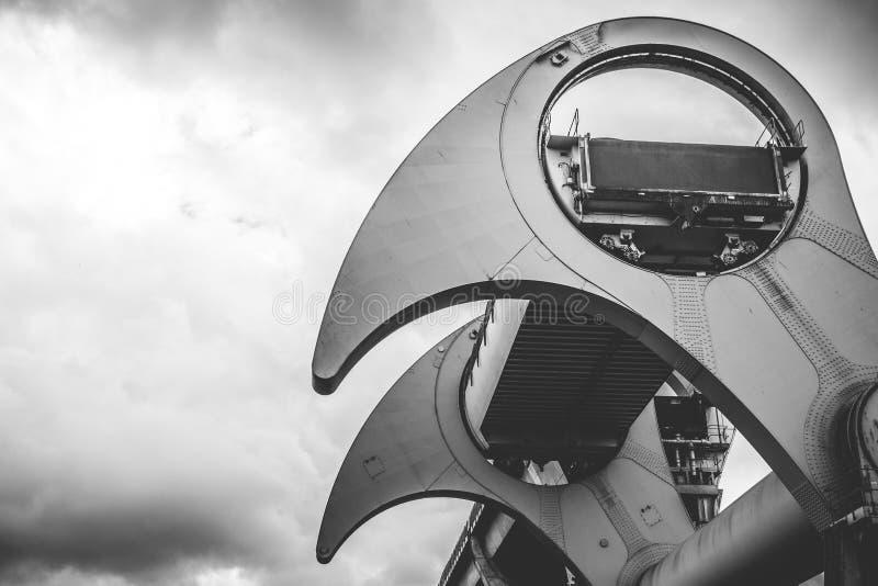 Fermez-vous vers le haut du détail du Falkirk roulent dedans noir et blanc sur un clo photos stock