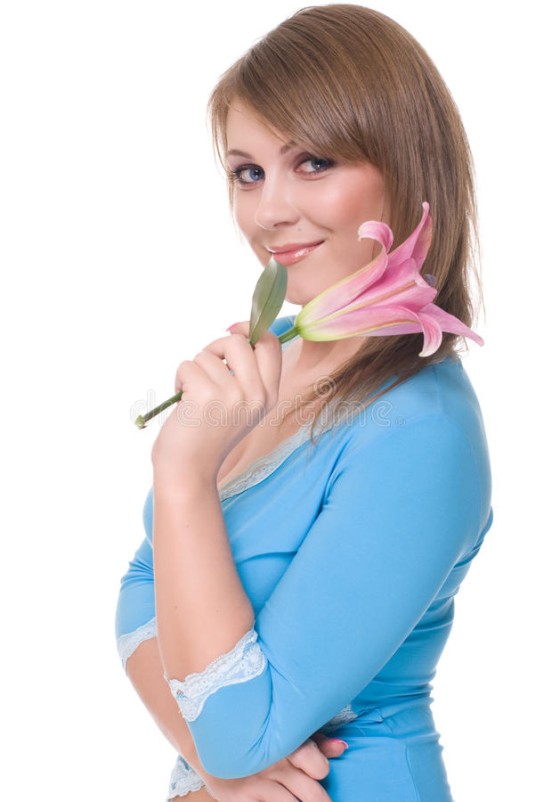 Fermez-vous vers le haut du jeune beau femme avec la fleur images stock