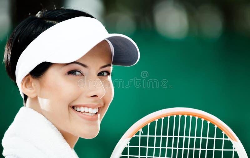 Fermez-vous vers le haut du joueur de tennis féminin professionnel photo libre de droits