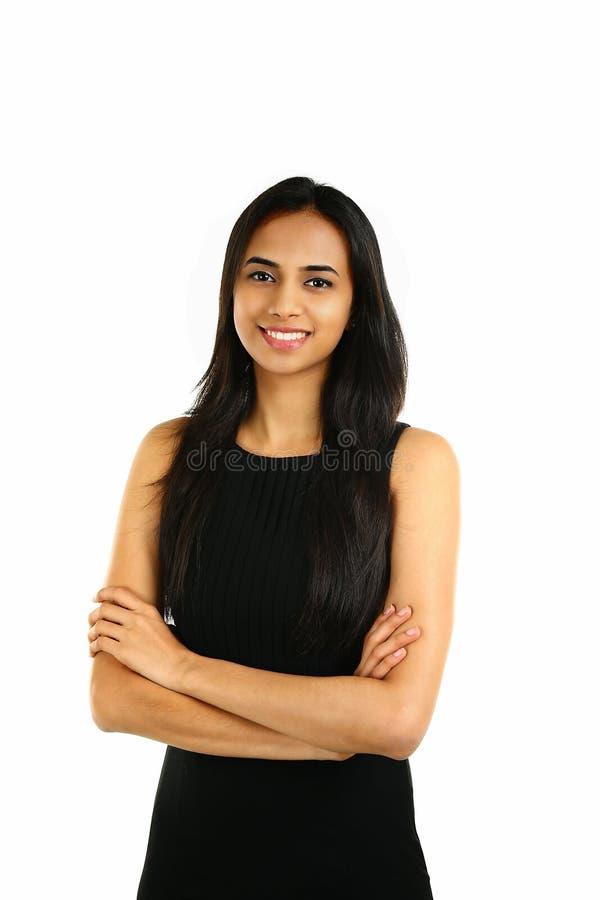 Fermez-vous vers le haut du portrait d'une femme indienne de sourire d'affaires photographie stock libre de droits