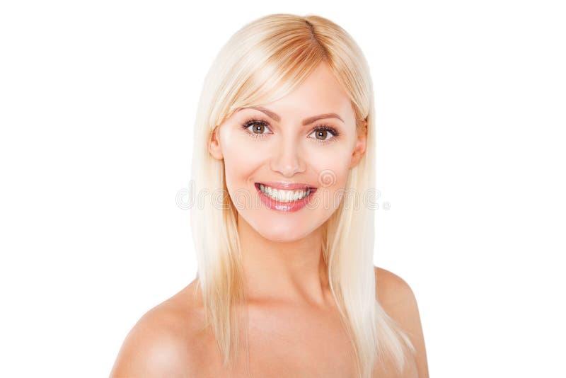 Fermez-vous vers le haut du portrait de beau blond sain photographie stock