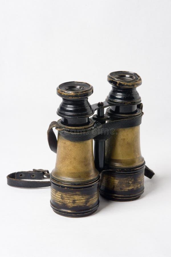 Fernglas. Altes Fernglas aud Messing mit starken Gebrauchsspuren royalty free stock images