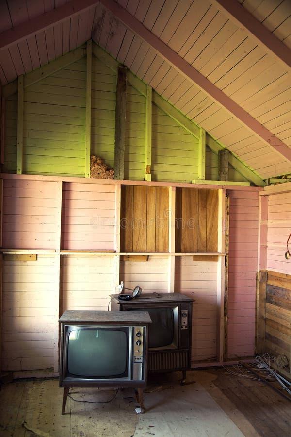 Fernsehen in einem verlassenen Motel stockfoto