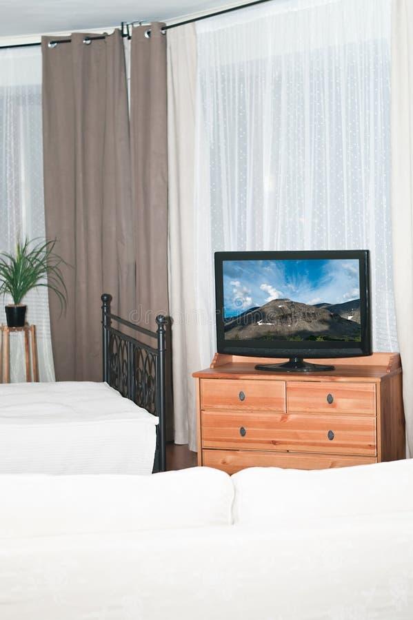 fernseher im schlafzimmer stockbild bild von braun berwachungsger t 18563953. Black Bedroom Furniture Sets. Home Design Ideas