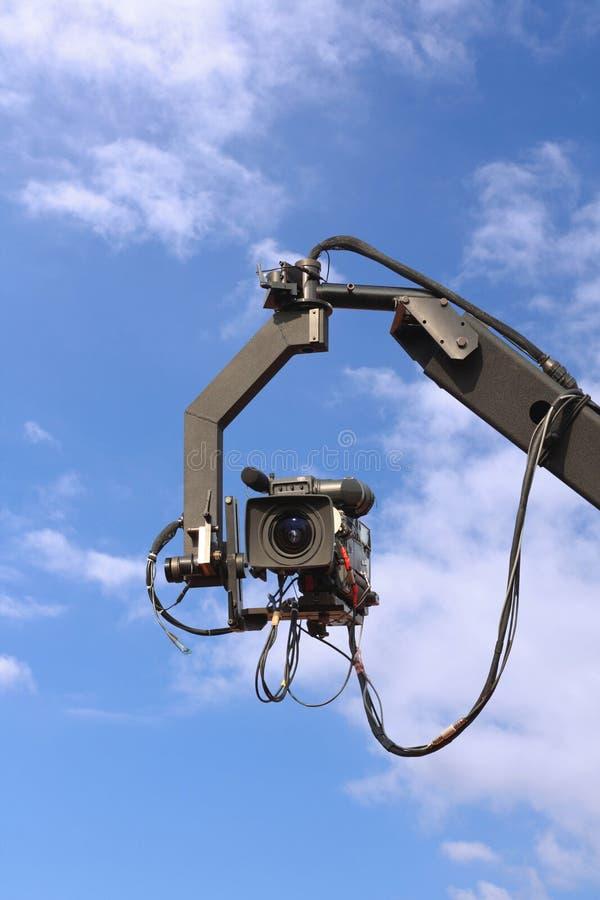 Fernsehkamera auf Kran stockbilder