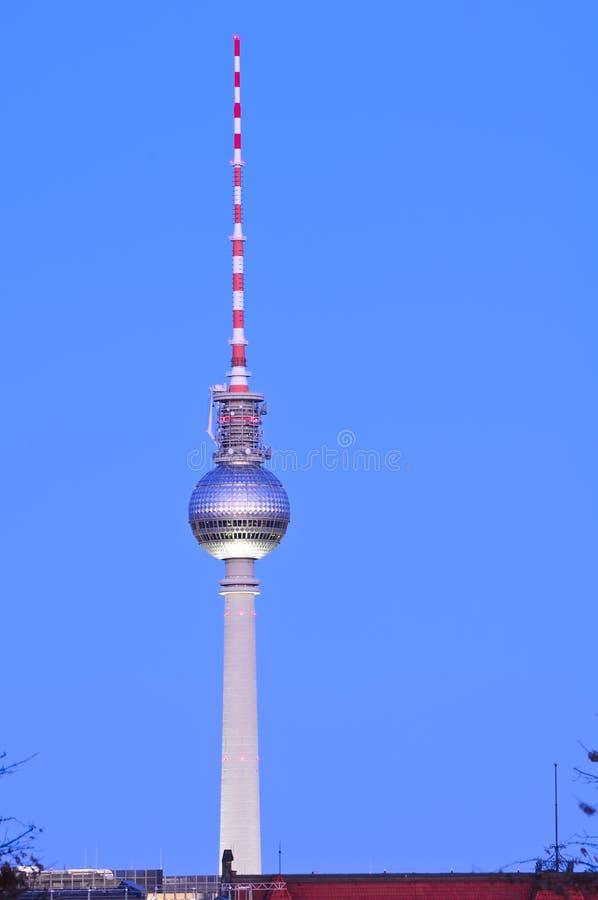 Fernsehkontrollturm Berlin lizenzfreie stockfotos