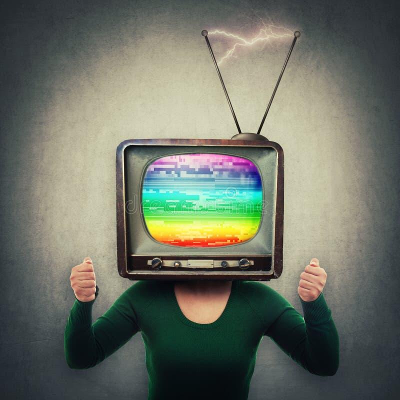 Fernsehkopf-Leutemanipulation stockbild