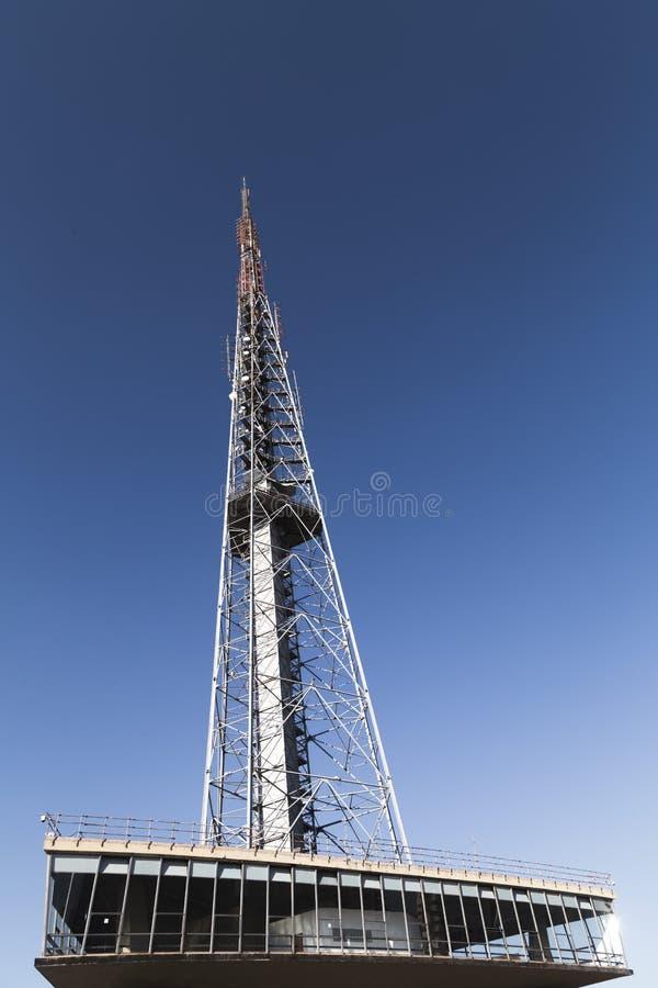 Fernsehturm in BrasÃlia/DF/Brazil Es ` s über Telekommunikation stockfoto