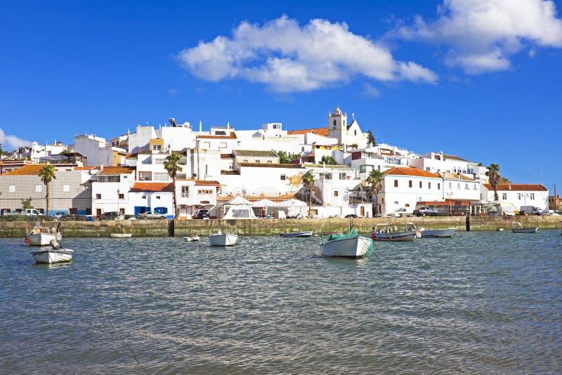 Ferragudo在阿尔加威葡萄牙 免版税库存照片