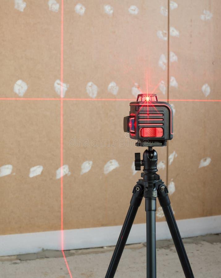 Ferramenta de medição do nível do laser fotografia de stock