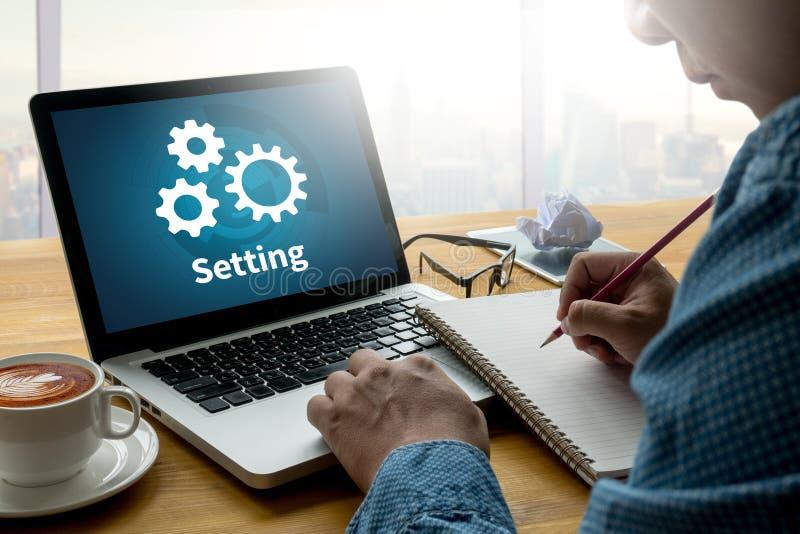 Ferramentas de instalação instalação da configuração e engodo do ajuste do mecanismo da roda foto de stock royalty free