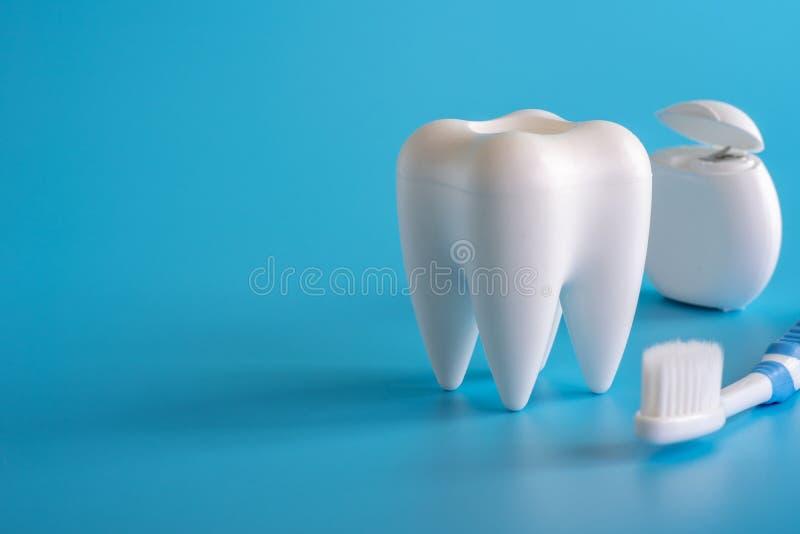 ferramentas saudáveis do equipamento dental para os cuidados dentários De profissional imagem de stock