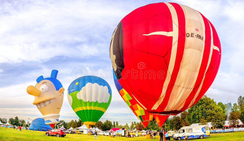 Ferrara, Włochy, 09-17-2016: kolorowi balony przy Ferrara Bal obrazy stock
