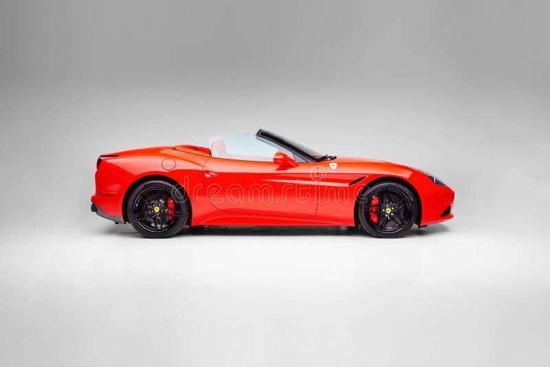 2017 Ferrari Καλιφόρνια Τ που χειρίζεται την πλευρά Speciale στοκ φωτογραφίες με δικαίωμα ελεύθερης χρήσης