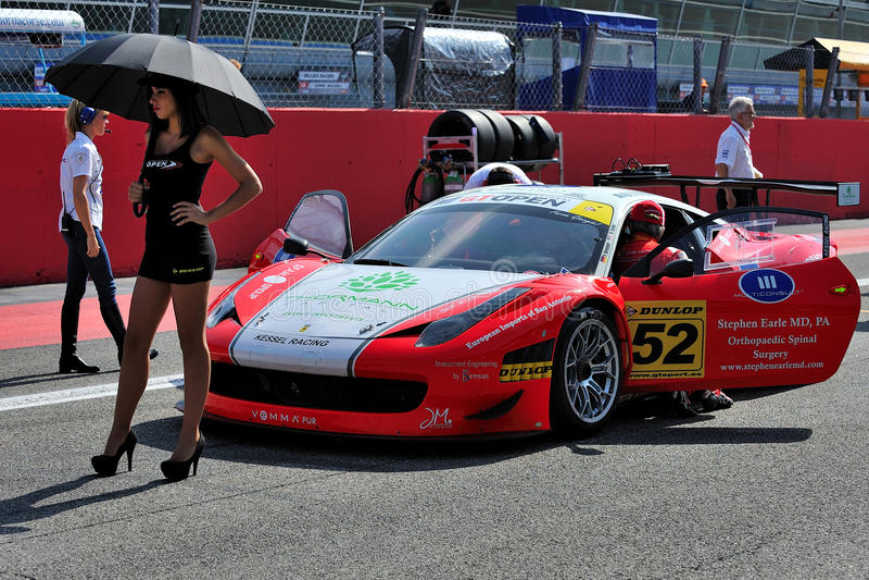 Ferrari 458 Italia w biegowym Monza śladzie GT3 zdjęcia stock