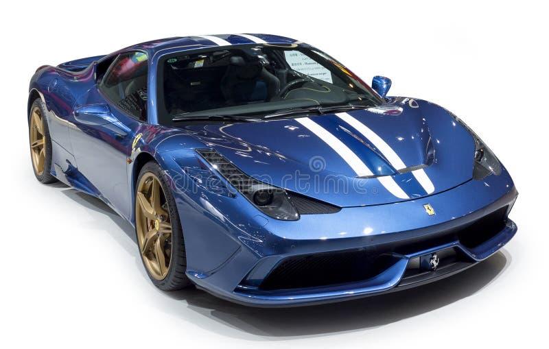 Ferrari blåttsupercar royaltyfria bilder