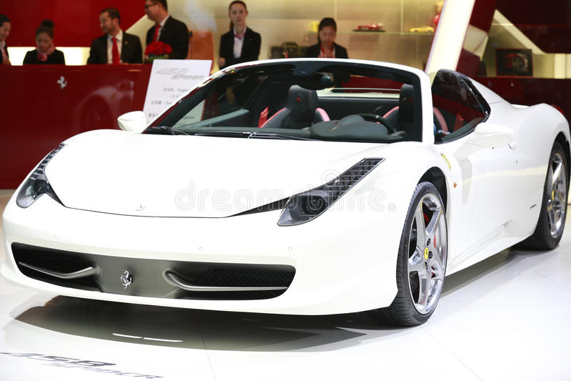 Ferrari branco foto de stock royalty free
