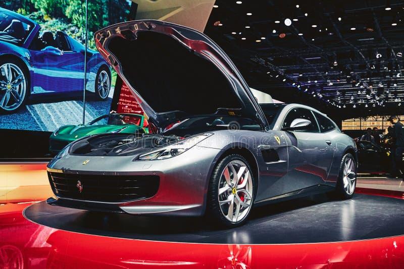 Download Ferrari 2017 GTC4 Lusso T redaktionell arkivbild. Bild av medel - 78726307