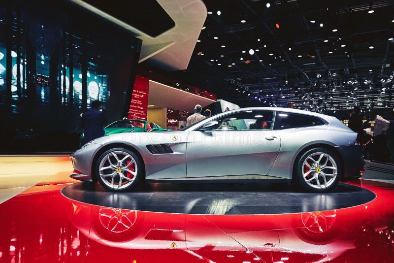 Download Ferrari 2017 GTC4 Lusso T redaktionell bild. Bild av medel - 78726341