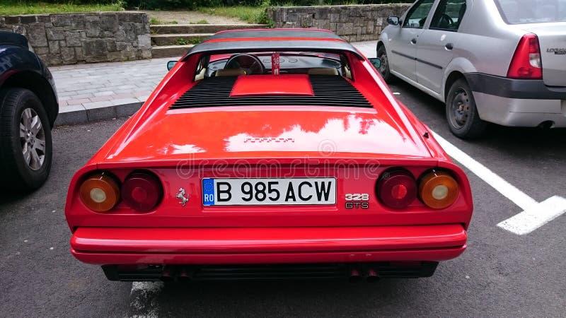 Ferrari 328 GTS - Retro- Automobilausstellung Rumäniens in Sinaia lizenzfreies stockfoto