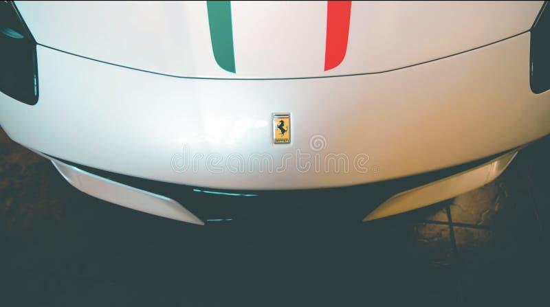 Ferrari hätta royaltyfri foto