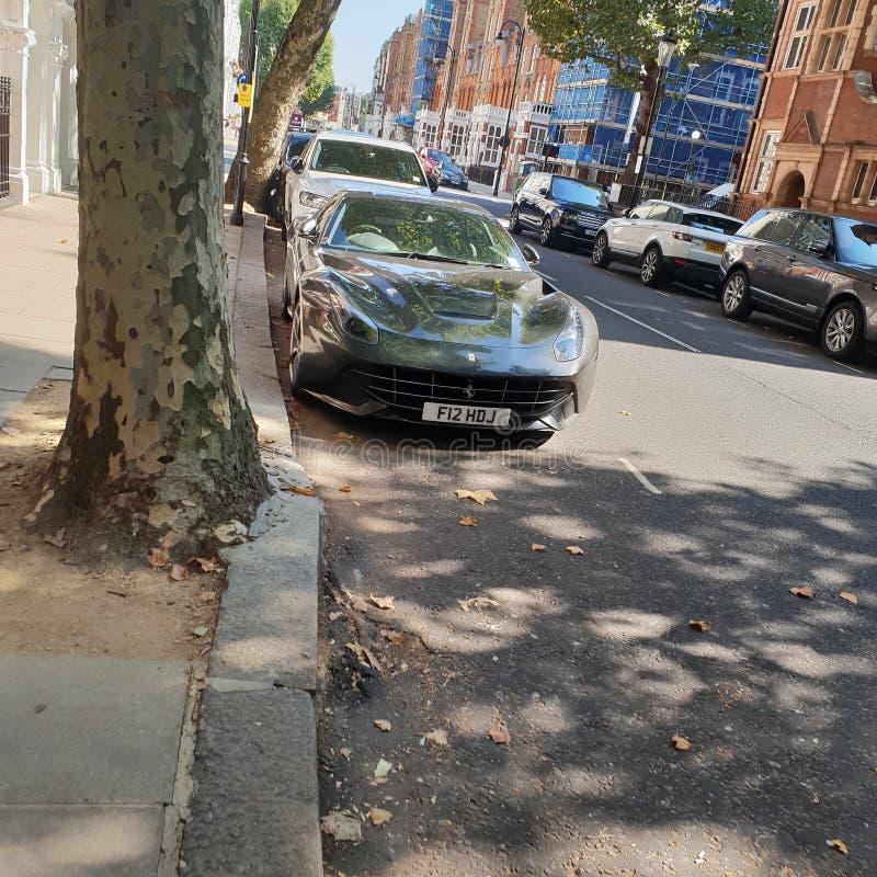 Ferrari i London royaltyfria bilder