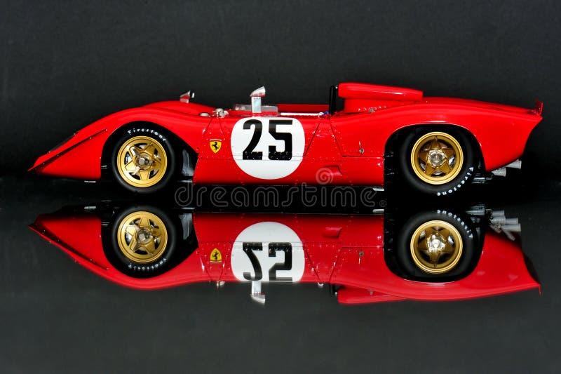 Ferrari 312P Spyder - Seitenansicht stockbilder