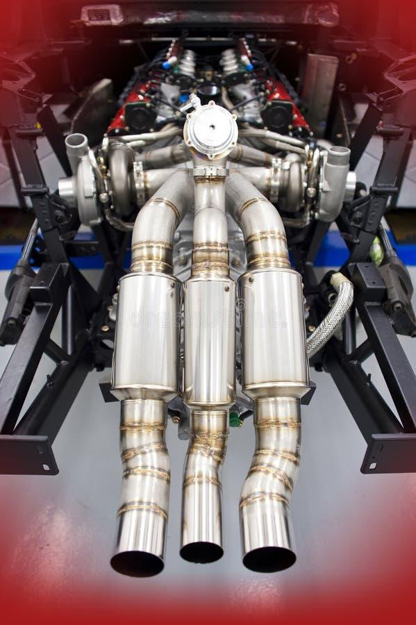Ferrari que compite con el motor de turbo del gemelo de V8 fotos de archivo
