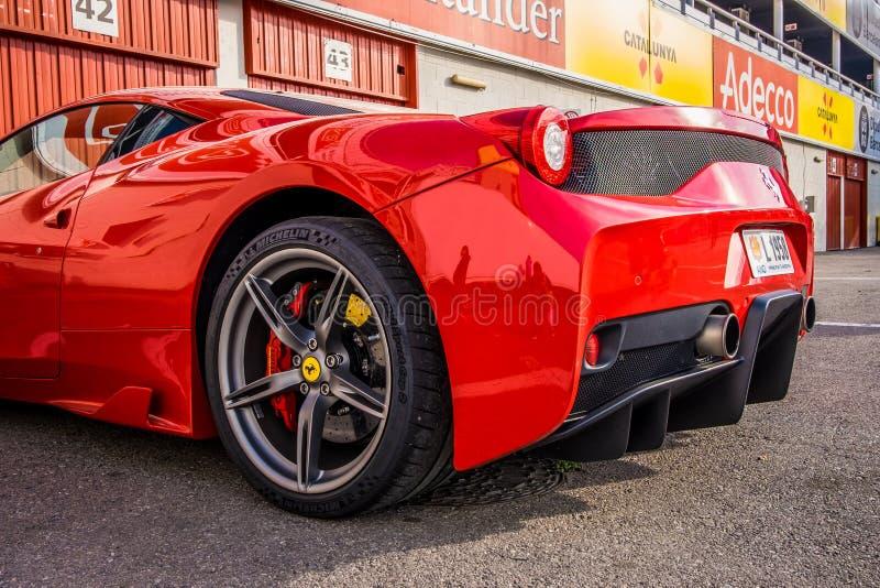 Ferrari 458 supercar που σταθμεύουν Circuit de Barcelona-Catalunya στη Βαρκελώνη Ισπανία στοκ εικόνες με δικαίωμα ελεύθερης χρήσης