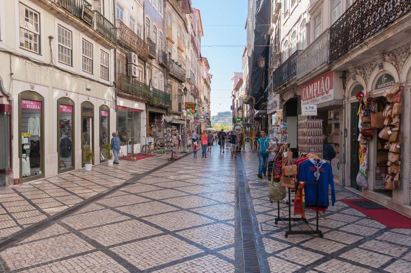 Ferreira Borges Street in Coimbra van de binnenstad stock afbeeldingen