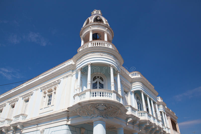 Ferrer pałac w Jose Marti parku Cienfuegos, Kuba fotografia royalty free