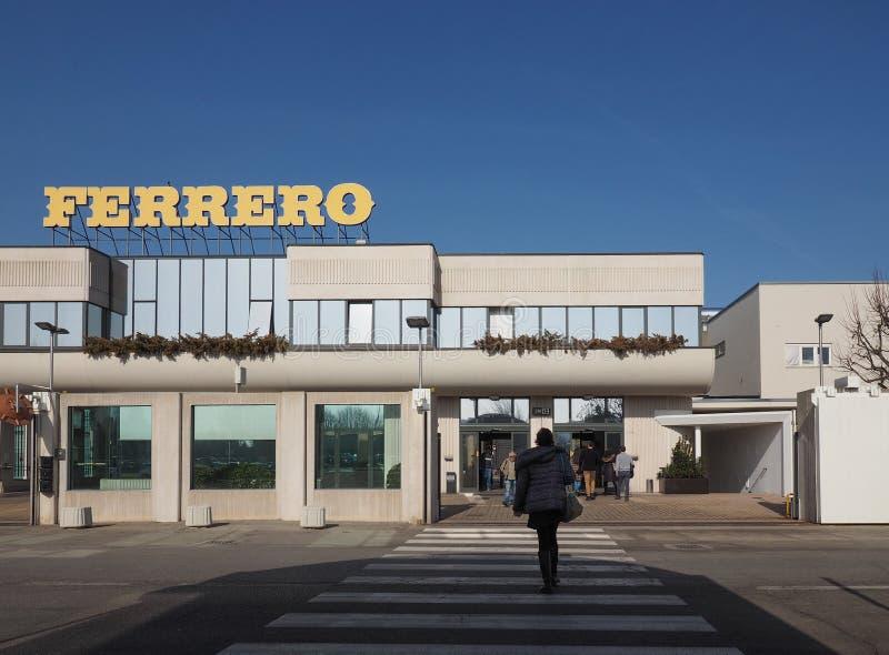 Ferrero-Hauptsitze in alba stockfotografie