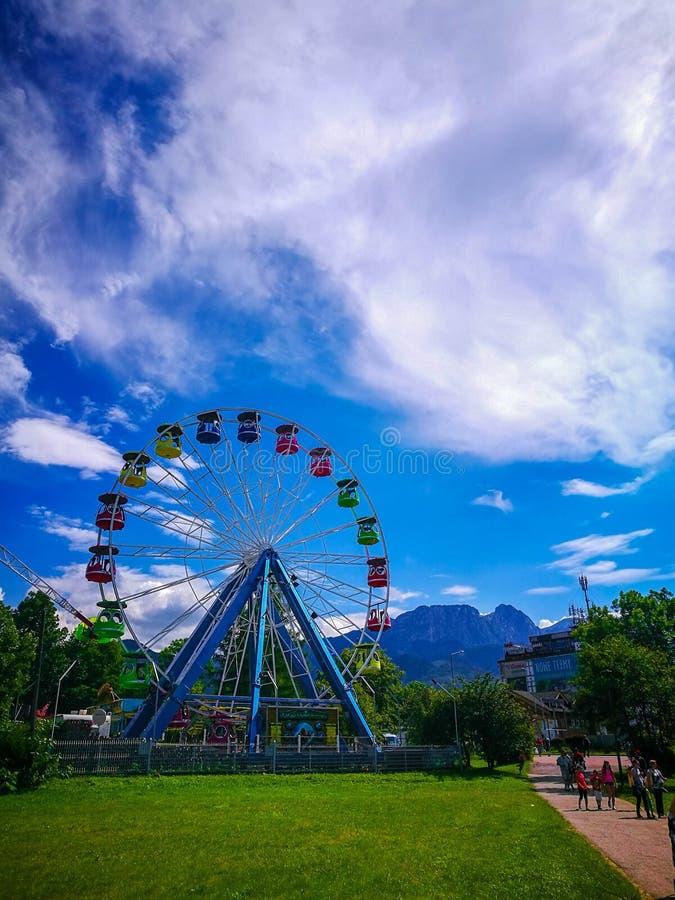 Ferris катят внутри Zakopane, Polska стоковая фотография