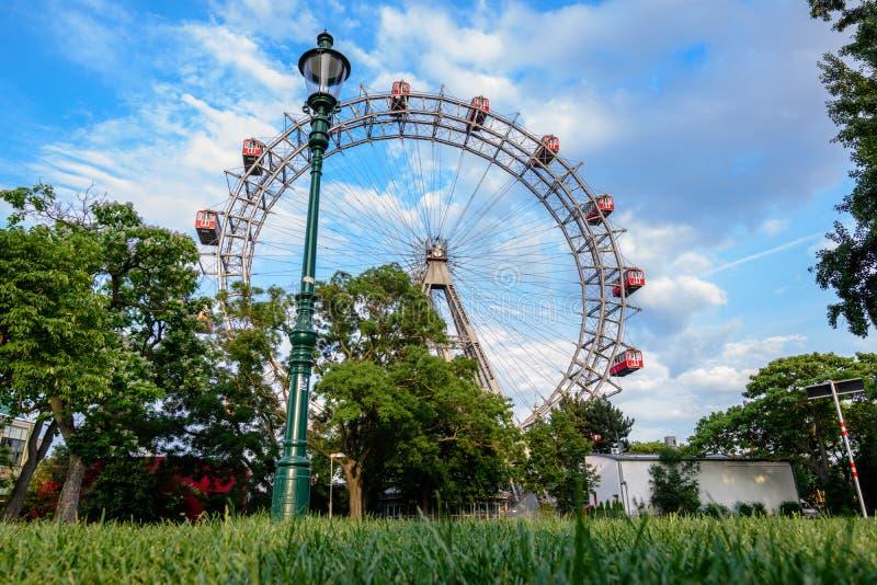 Ferris катит внутри prater, Вену стоковые изображения