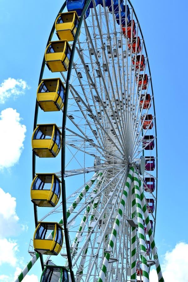 Ferris koło na midway, Oklahoma stanu iFair fotografia stock