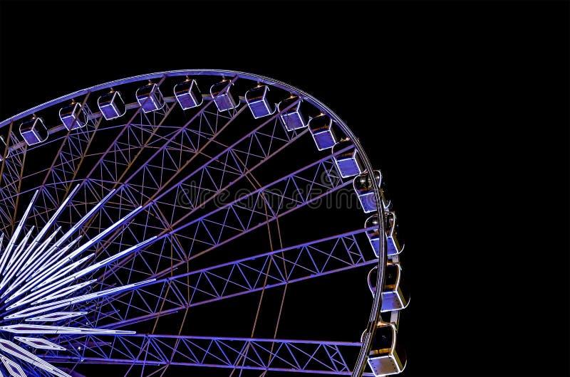 Ferris roulent dedans la nuit image libre de droits