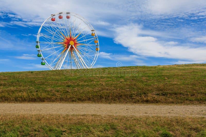 Ferris toczy wewnątrz parka w Saxony, Niemcy zdjęcie royalty free