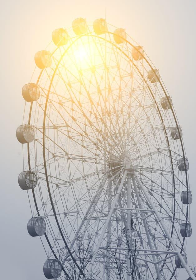 Download Ferris Wheel imagen de archivo. Imagen de azul, carnaval - 42439973