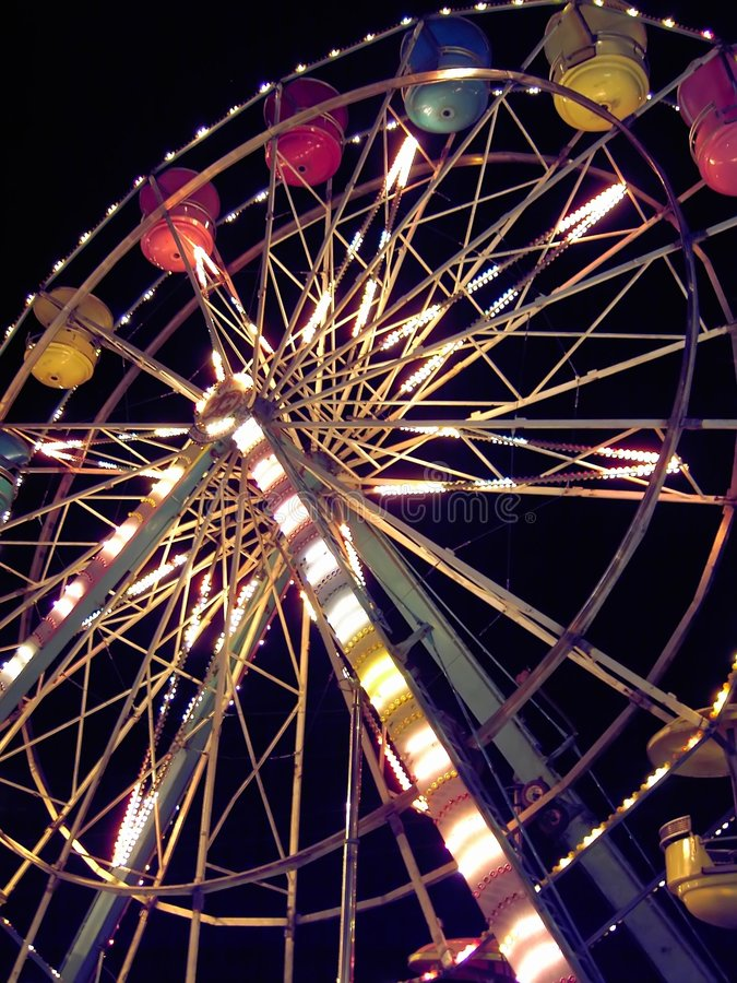 Free Ferris Wheel At Carnival Royalty Free Stock Photography - 589887