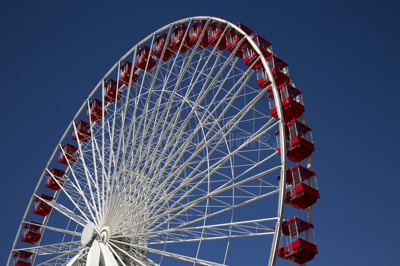 Ferris Wheel au carnaval juste sur la marine Pier Chicago photos libres de droits