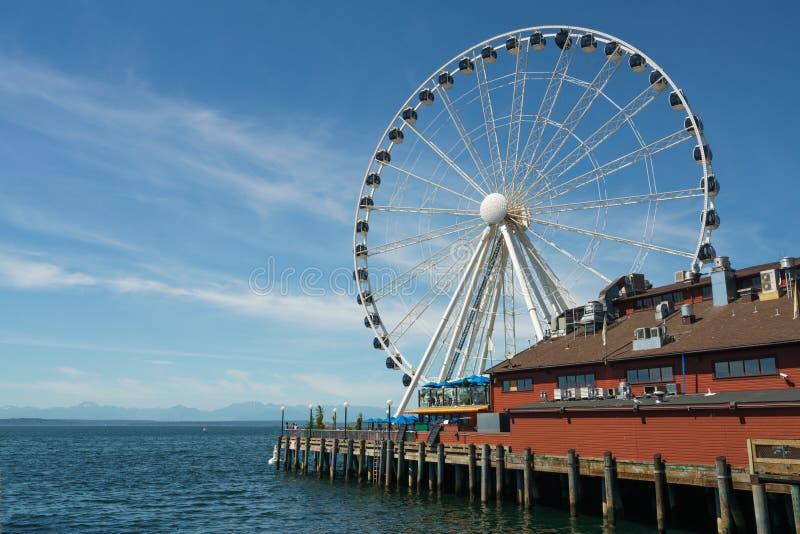 Ferris Wheel di Seattle immagini stock