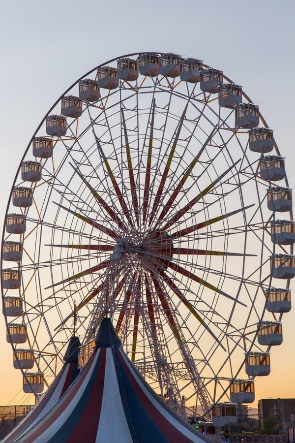Ferris Wheel giusto immagini stock