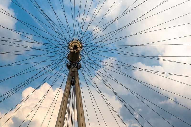 Download The Ferris Wheel Of London Eye Stock Photo - Image: 43861978