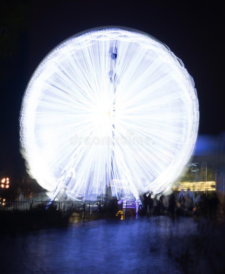 Ferris Wheel At Night stock foto's