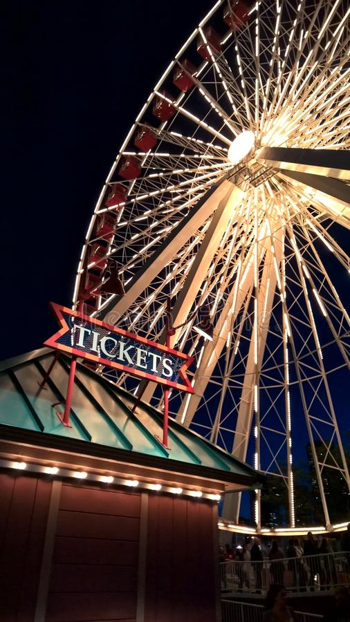 Ferris Wheel At Night foto de stock