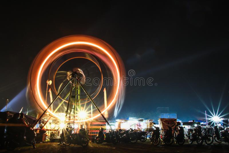 Ferris Wheel At Night fotografie stock libere da diritti